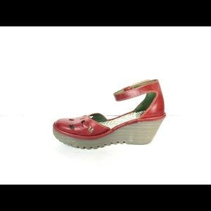 Fly London Yink Wedges Size 37